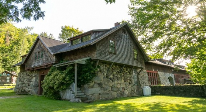 Carriage House at The Rocks